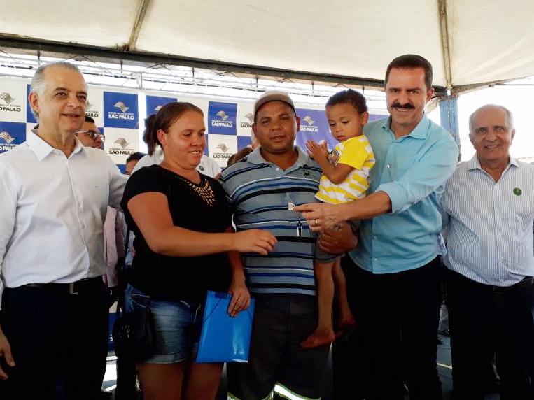 211 casas da CDHU são entregues em Pereira Barreto